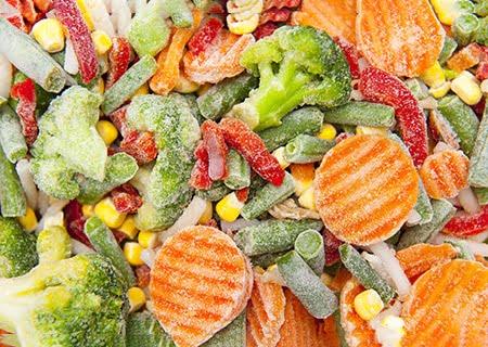 Diversos vegetais congelados, como brócolis e cenoura