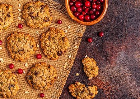 Cookie de banana com aveia e cranberries